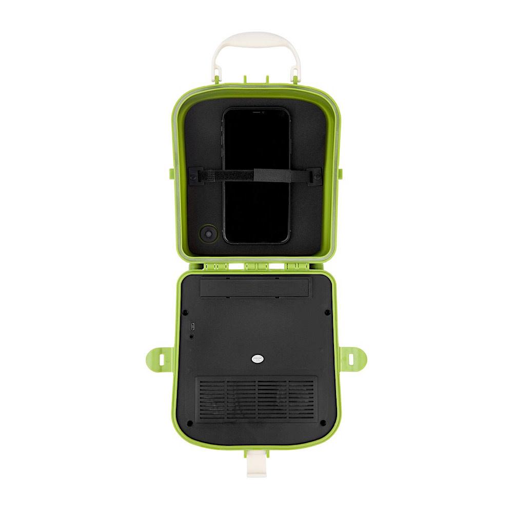 Sunnylife Beach Sounds Portable Speaker and Radio - Olive