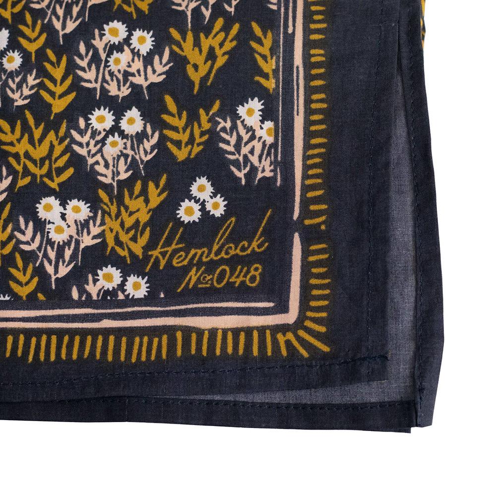 Hemlock Bandana - No. 048 Tilly