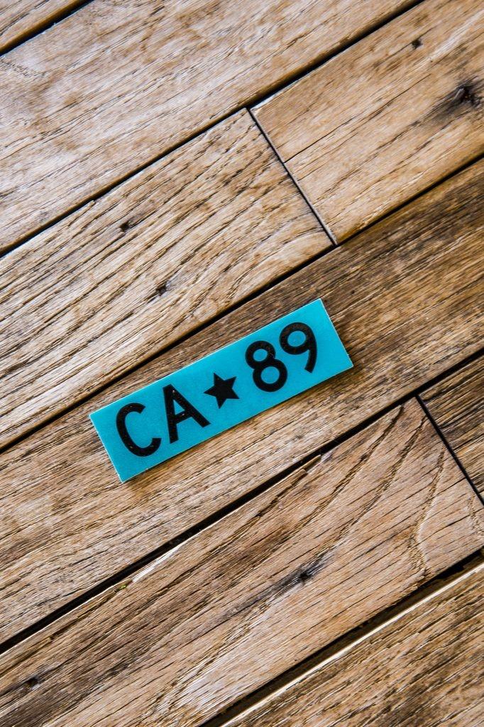 California 89 CA*89 Teal Box Sticker
