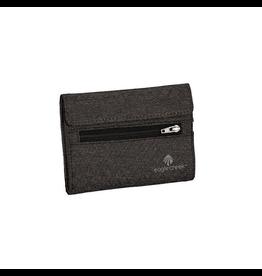 Eagle Creek Eagle Creek RFID International Tri-Fold Wallet
