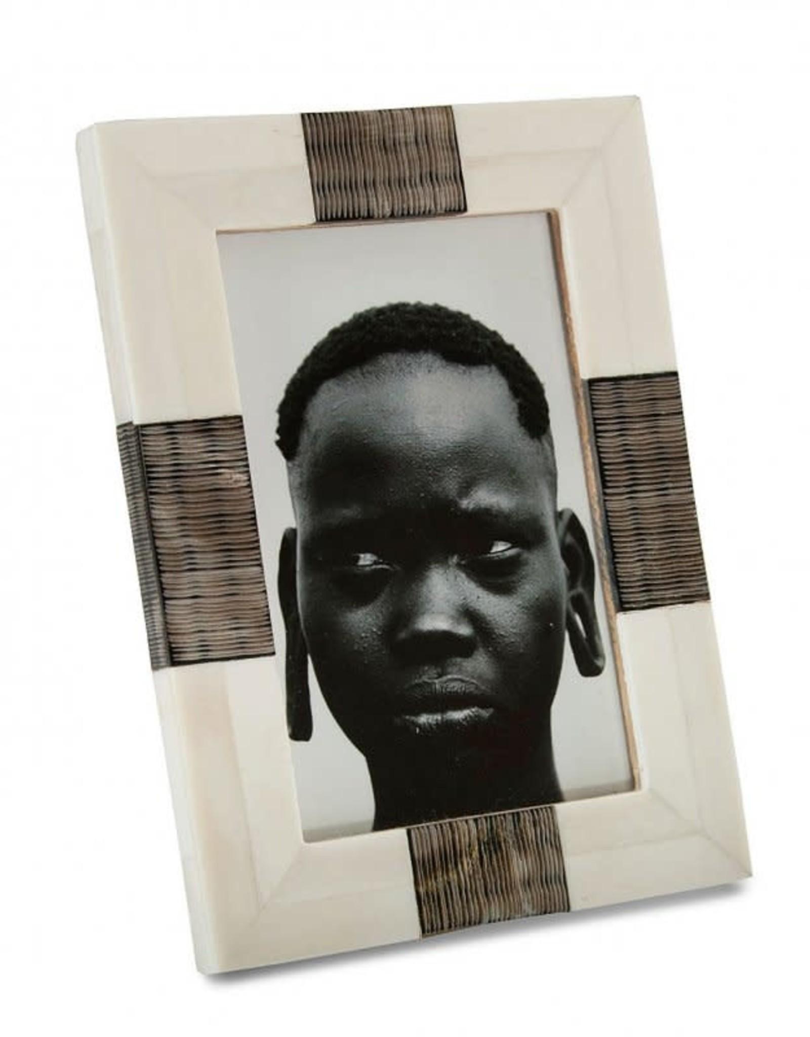 "White Bone Frame with Textured Inlay 4x6"""