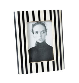 Horgans White Bone with Black Stripes Frame 4x6