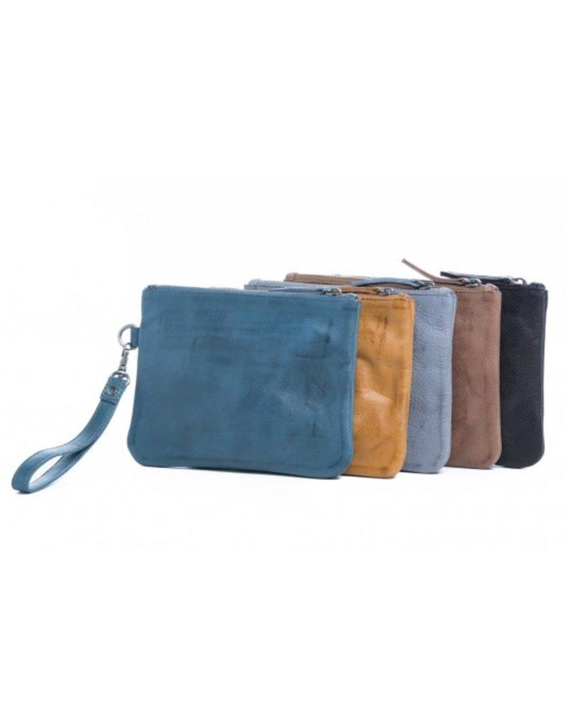 Gili purse/clutch