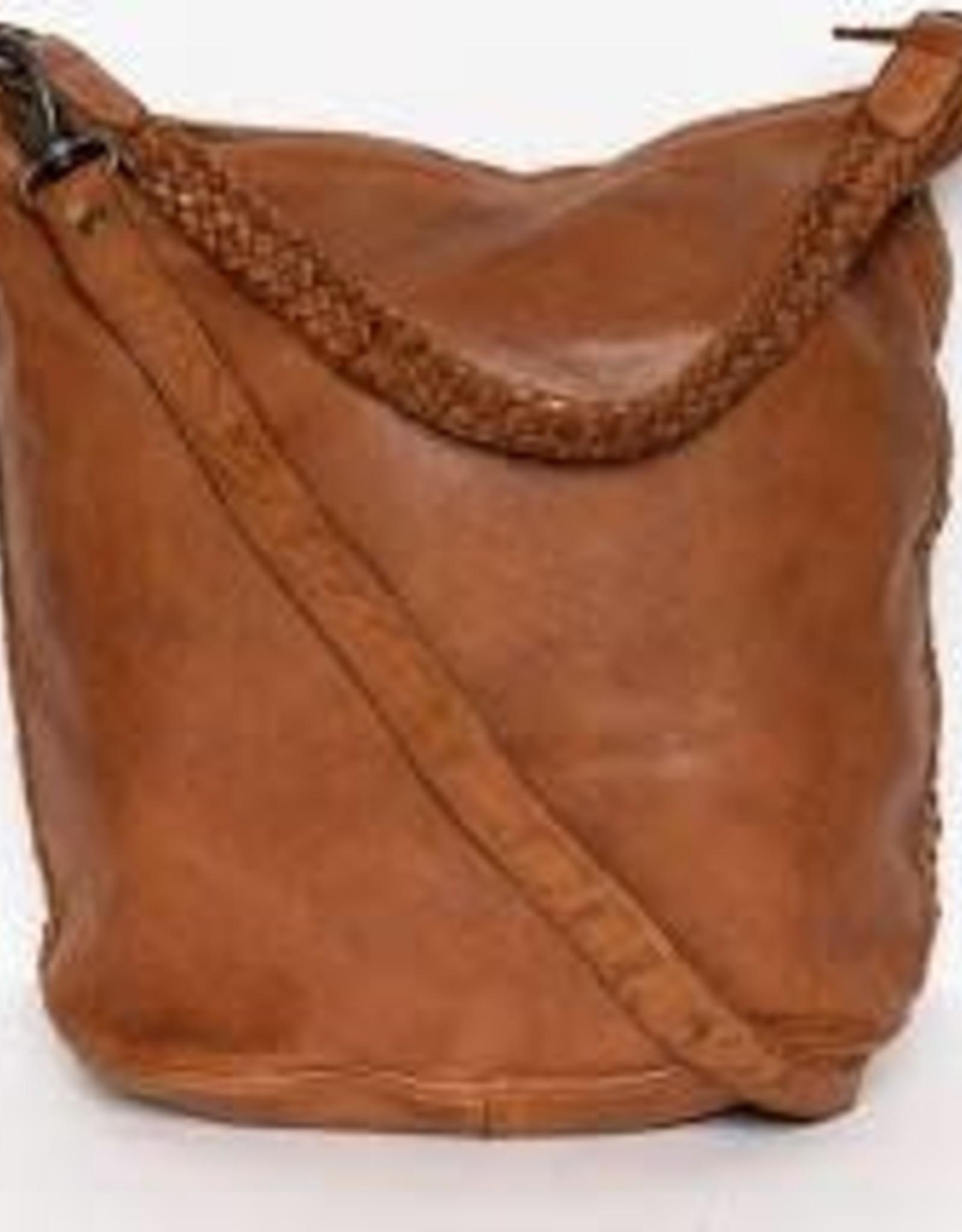 Danielle Shoulder Bag - Cognac