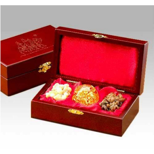 Three Kings Gifts Gold, Frankincense and Myrrh in a Gift Box