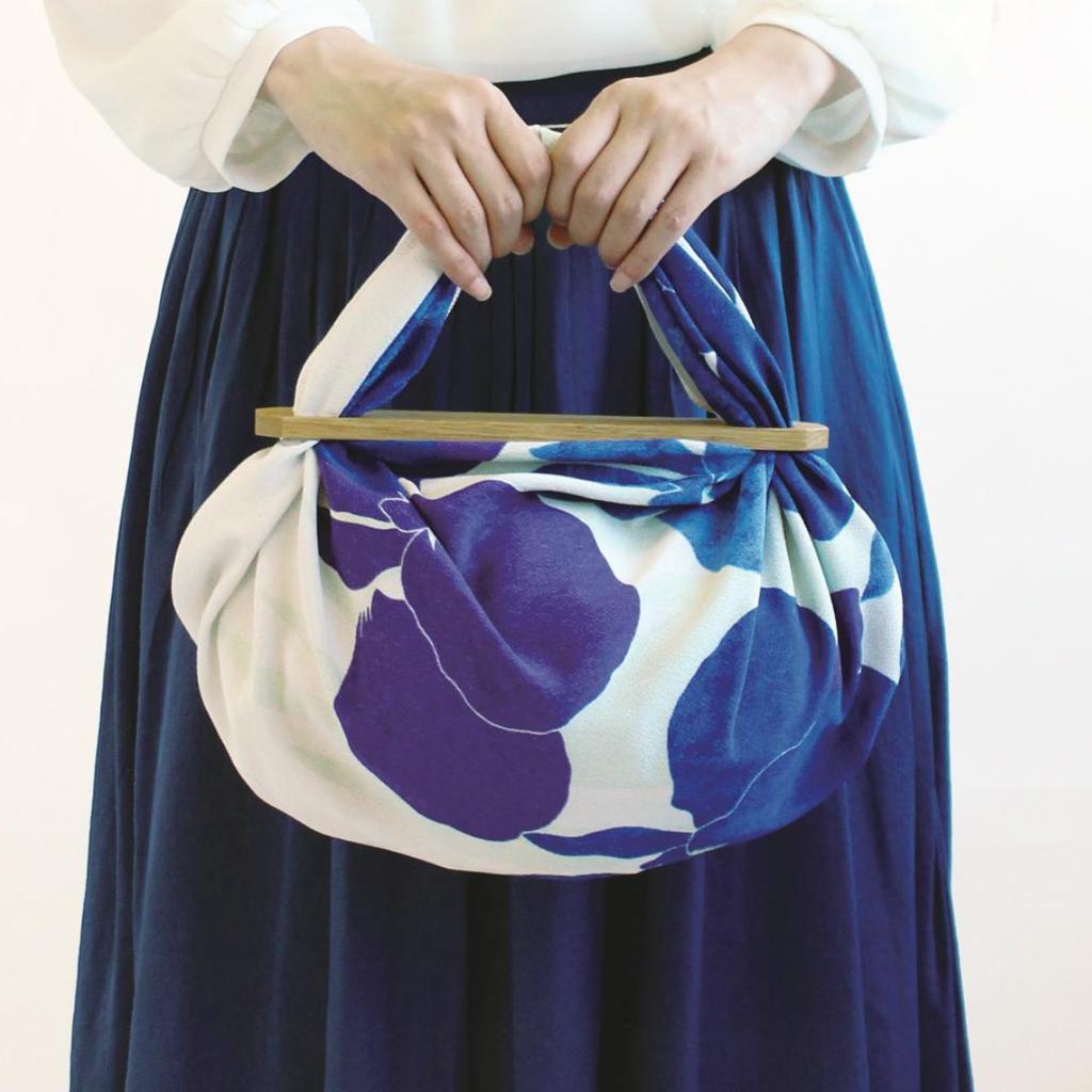 Musubi Furoshiki - Wood handle - Patchin' Large