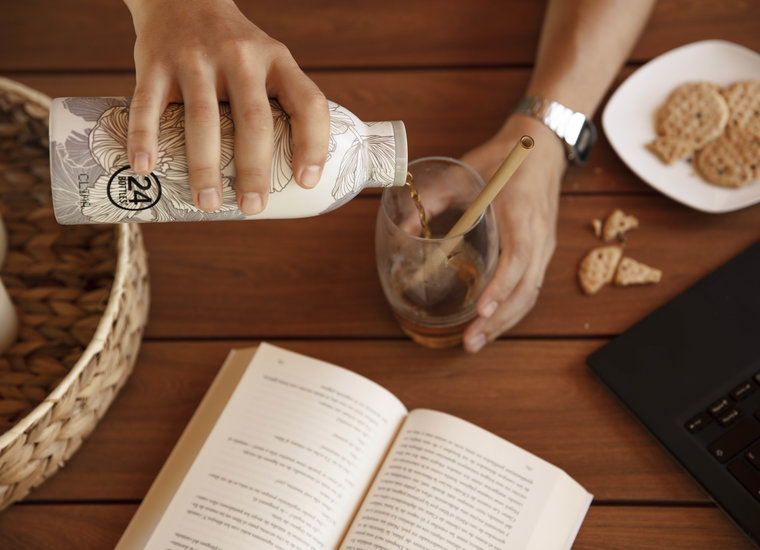 Bottles & Cups