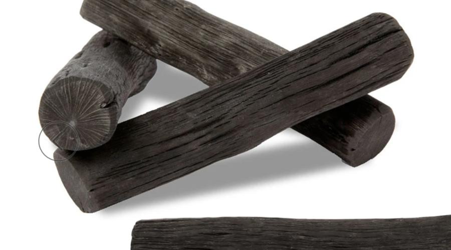 """Qu'est-ce que le """"charbon actif"""" et pourquoi est-ce une alternative écologique pour filtrer l'eau?"""