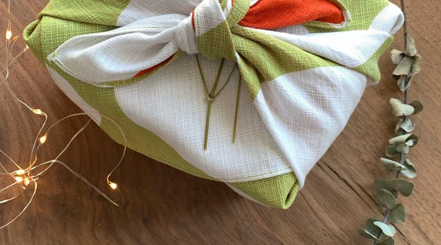 Furoshiki - Japanese Gift Wrapping