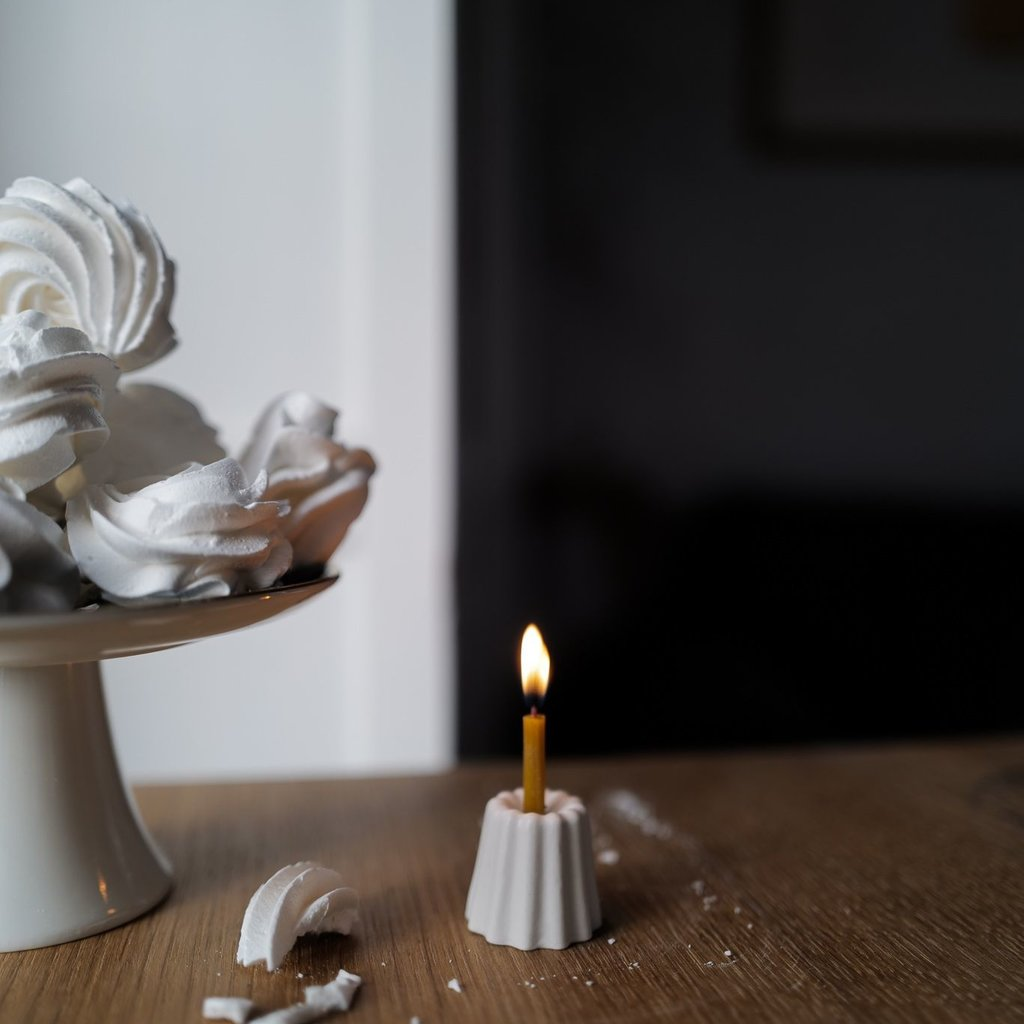 OVO Things OVO Things - Bougeoir Canele en porcelaine
