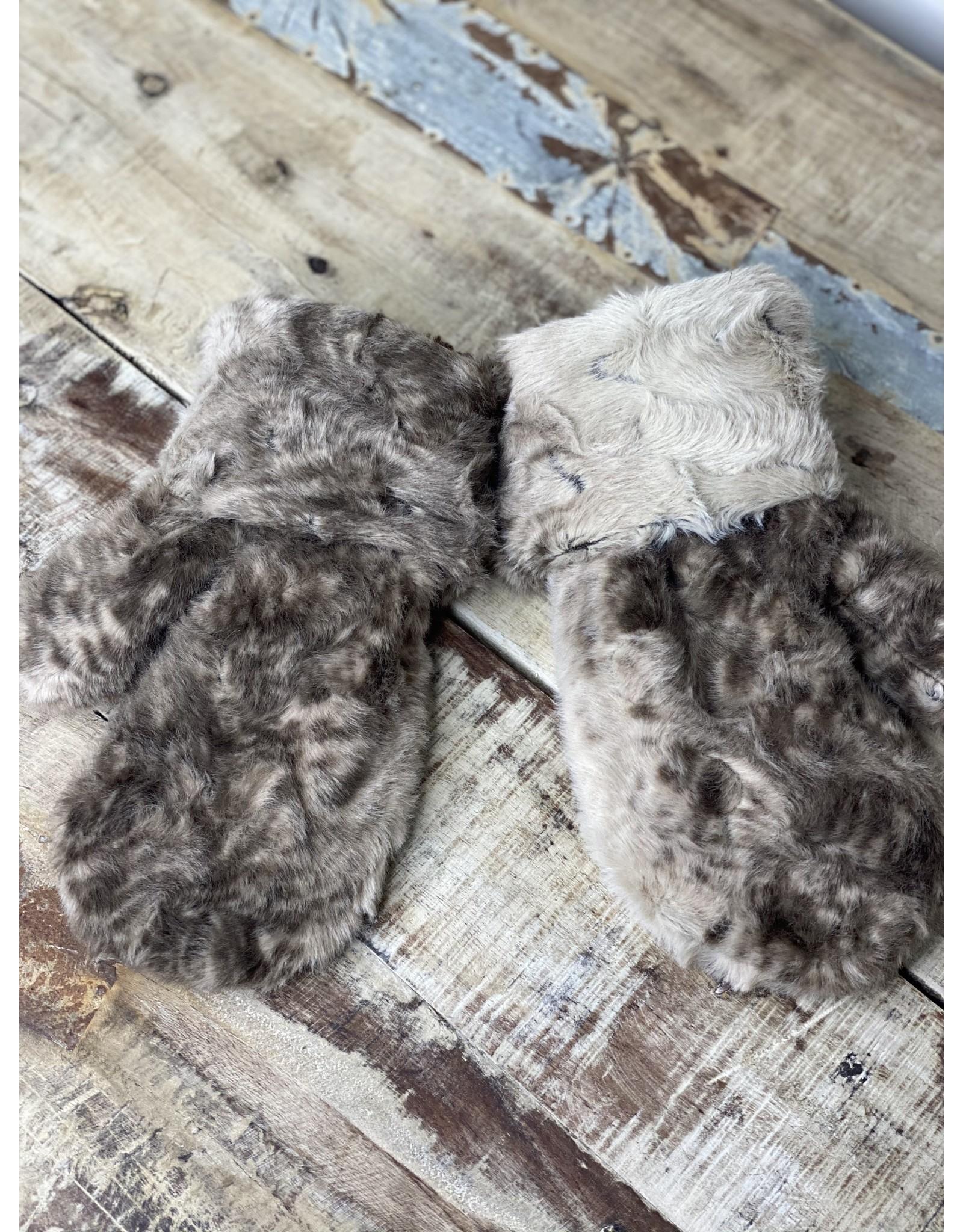 Pandemonium Luxury Faux Fur Mitten