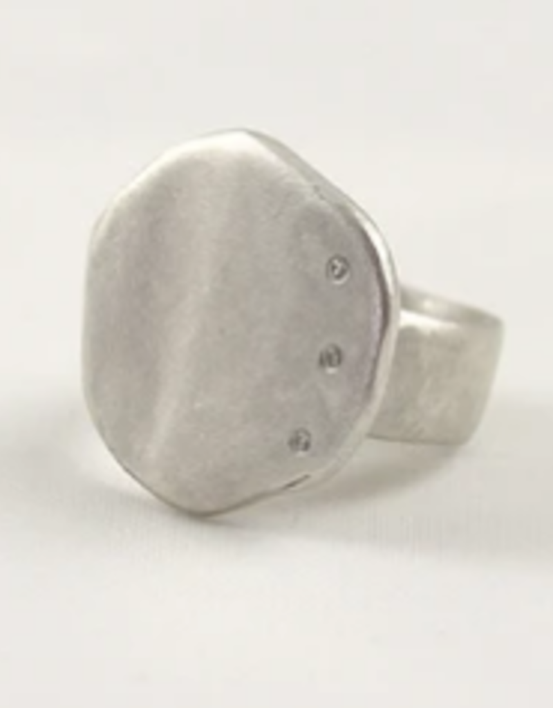SAUNDRA MESSINGER CUPCAKE RING WITH 3 DIAMONDS