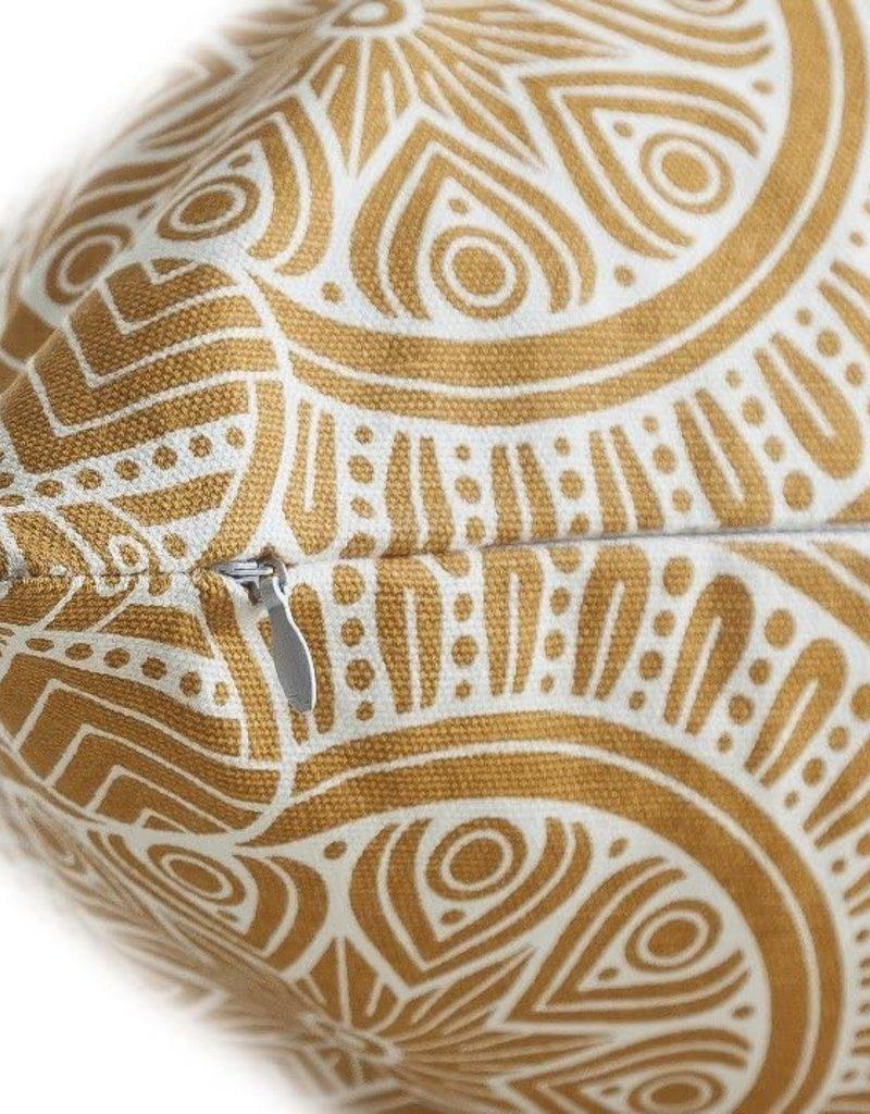 """18""""x18"""" Linen Geometric Pillow - Mustard"""