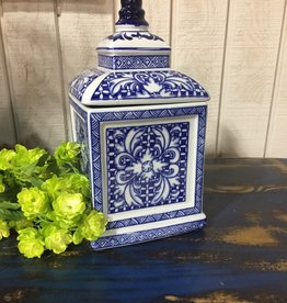 Blue and White Porcelain Square Lidded Container