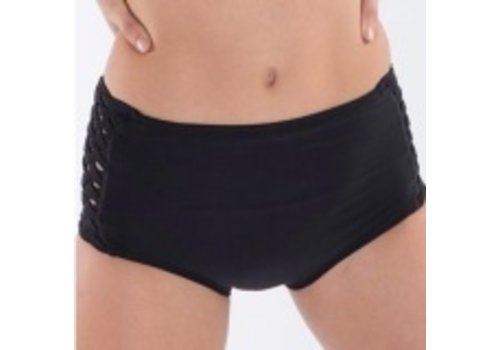 Cosi G Chrysler Hot Pant Girls