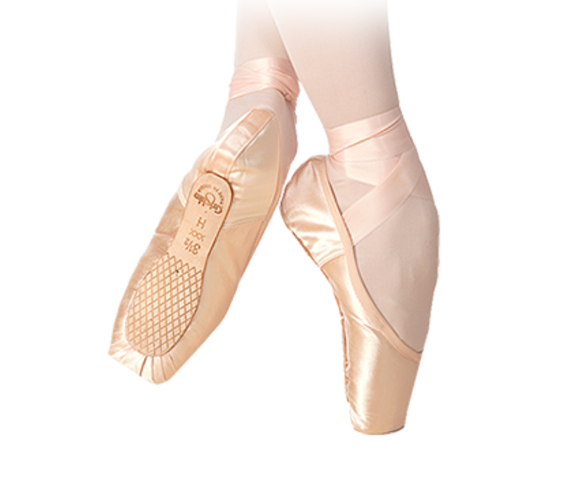 Triumph Pointe Shoes