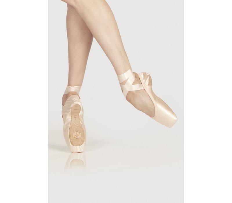 Omega Pointe Shoe