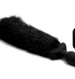 XR Brands Tailz Waggerz Wireless Remote Control Moving And Vibrating Tail Anal Plug Fox 21 Inches