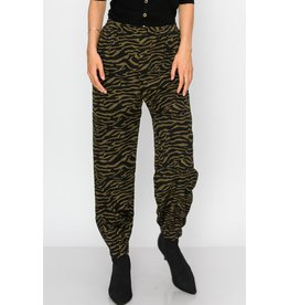Spotted Gecko Animal Print Woven Dress Pant / Jogger