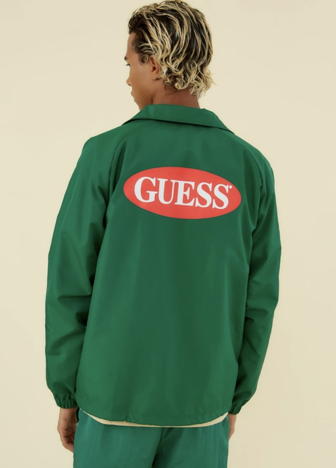GUESS M0GN05W8I01