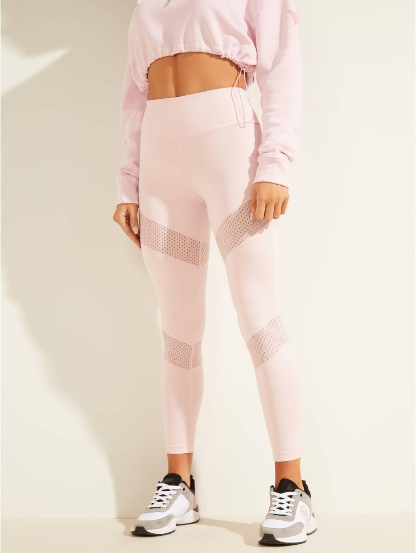 New season, new women sportswear styles