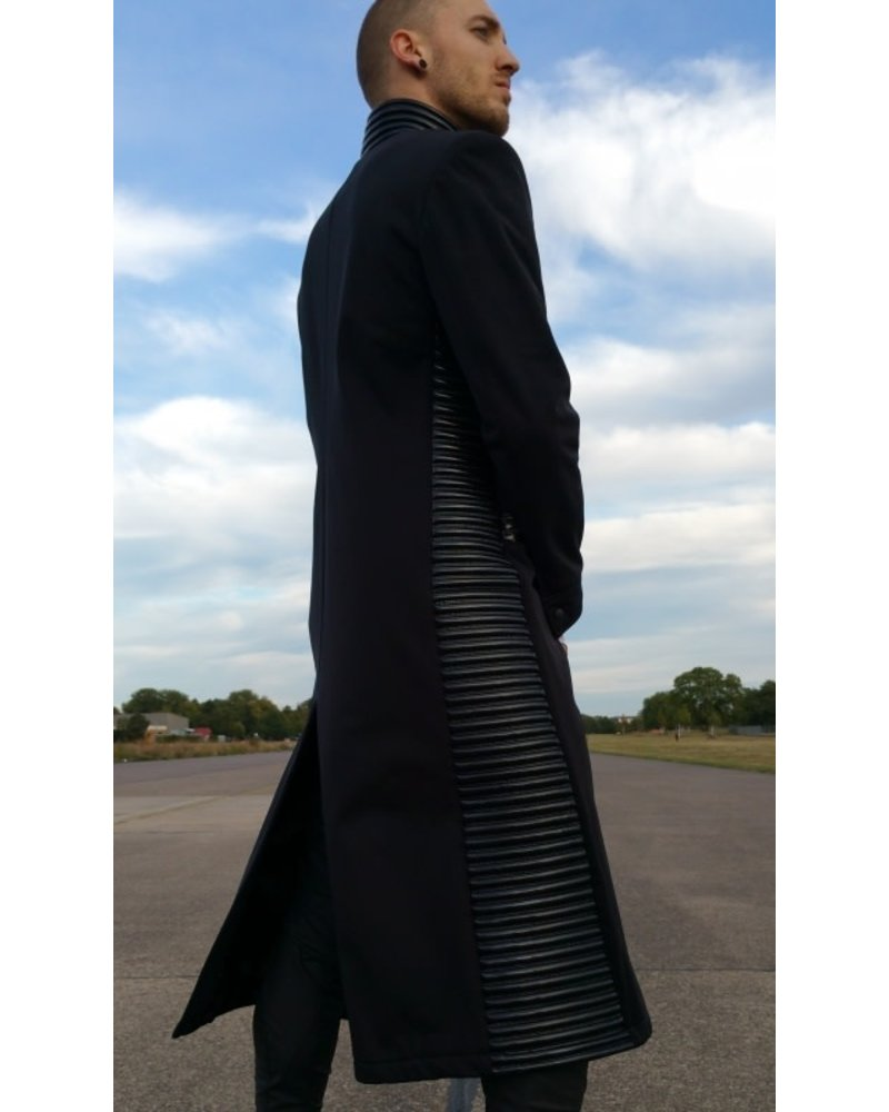 Tatjana Warnecke Matrix Coat