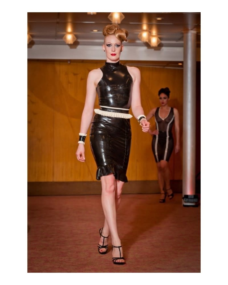 Peter Domenie Latex belt with pleated trim