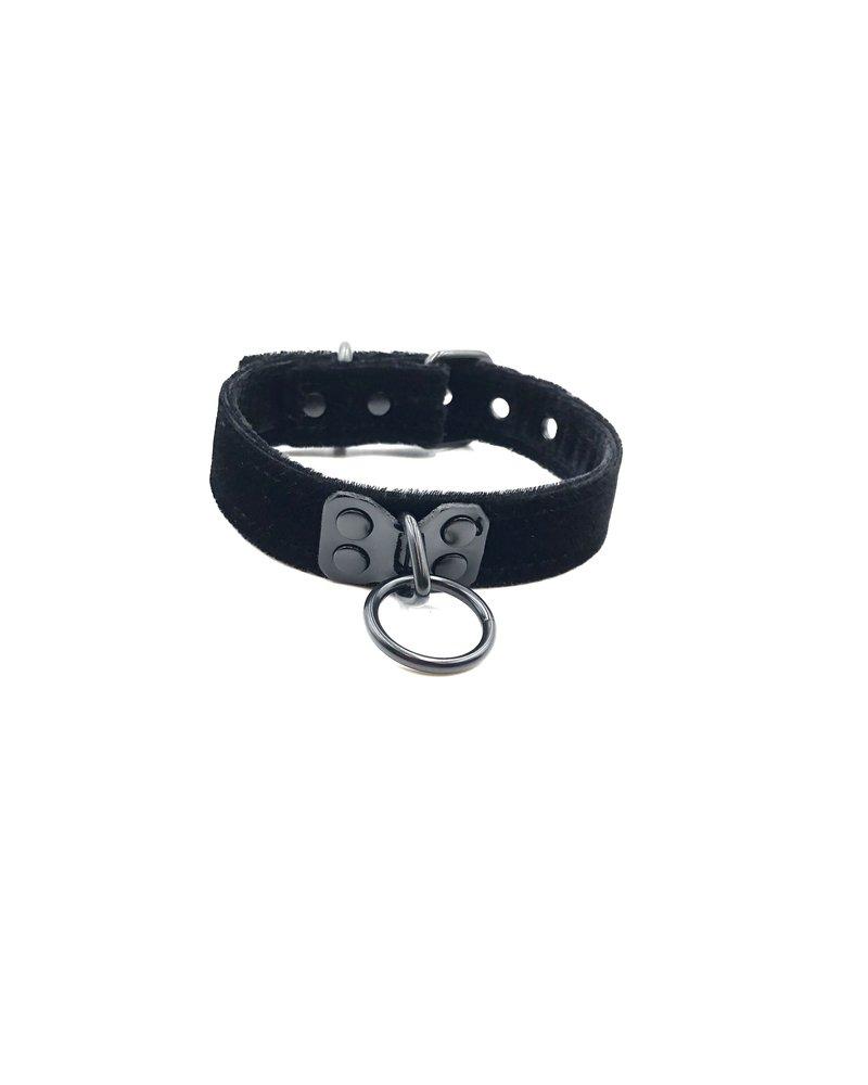 Kookie Velvet Collar With Black Hardware