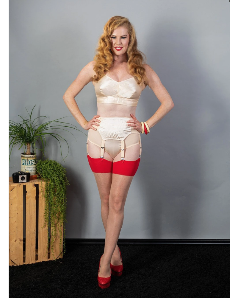Whatkatiedid Seamed Stockings Red