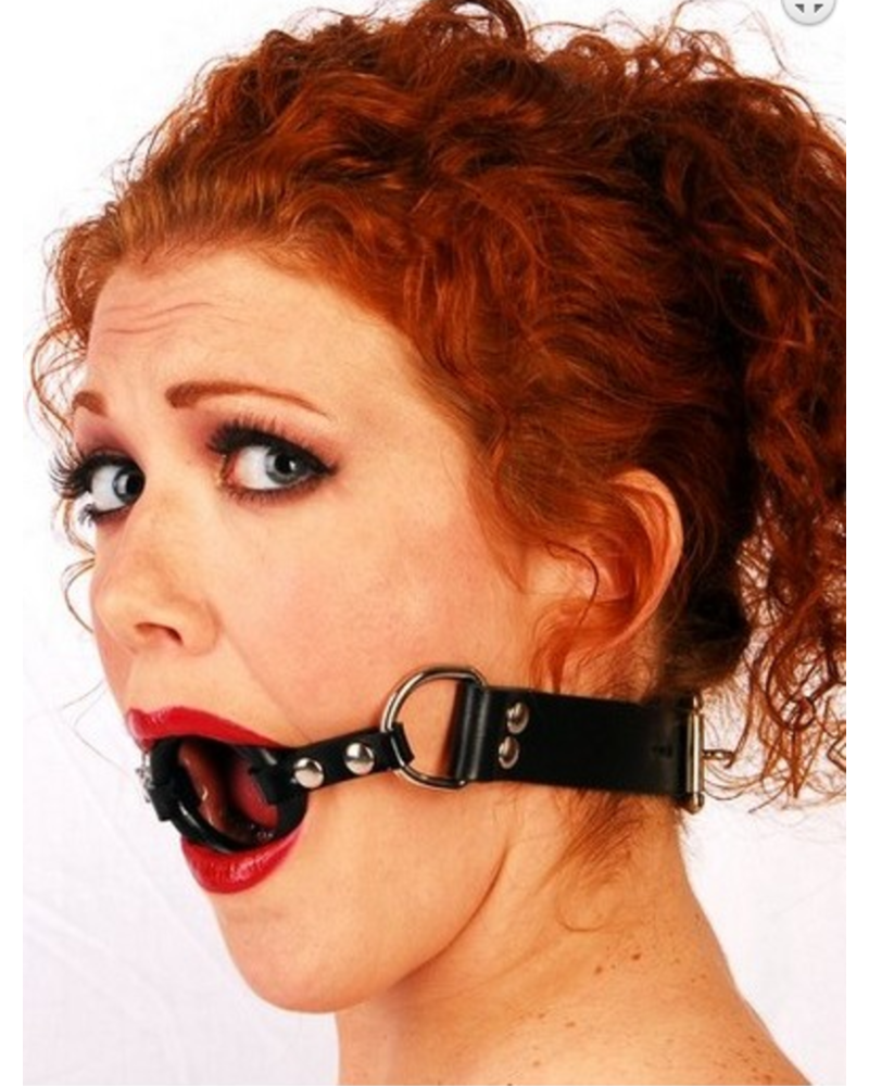 MBE International LLC Ring gag with thin straps