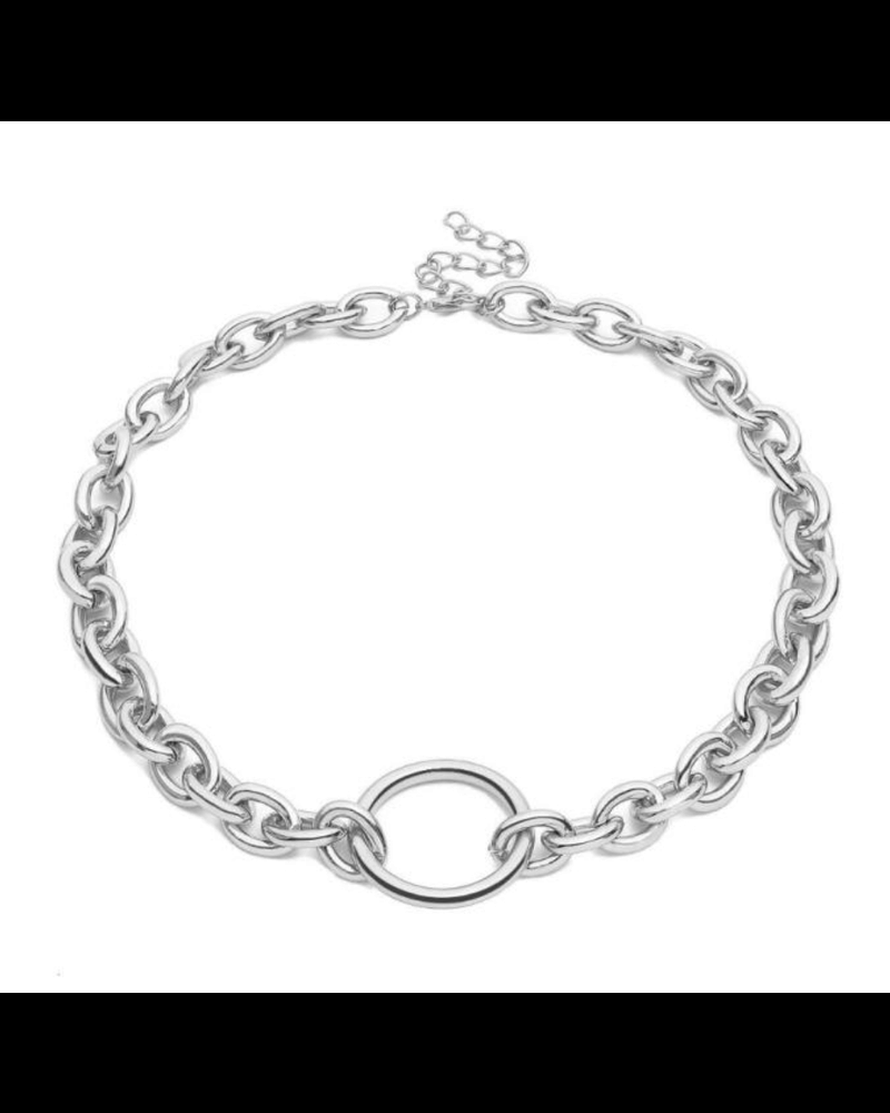 Kulla O ring statement necklace