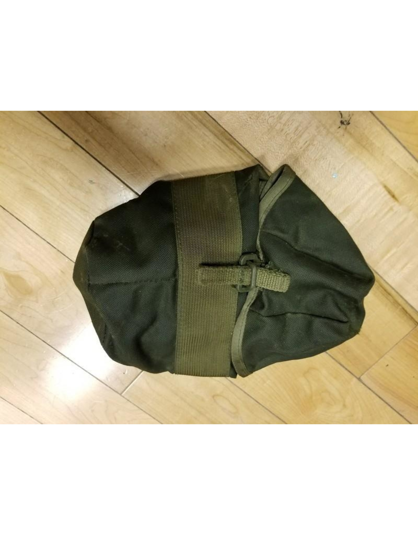 SURPLUS CANADIAN CANTEEN POUCH