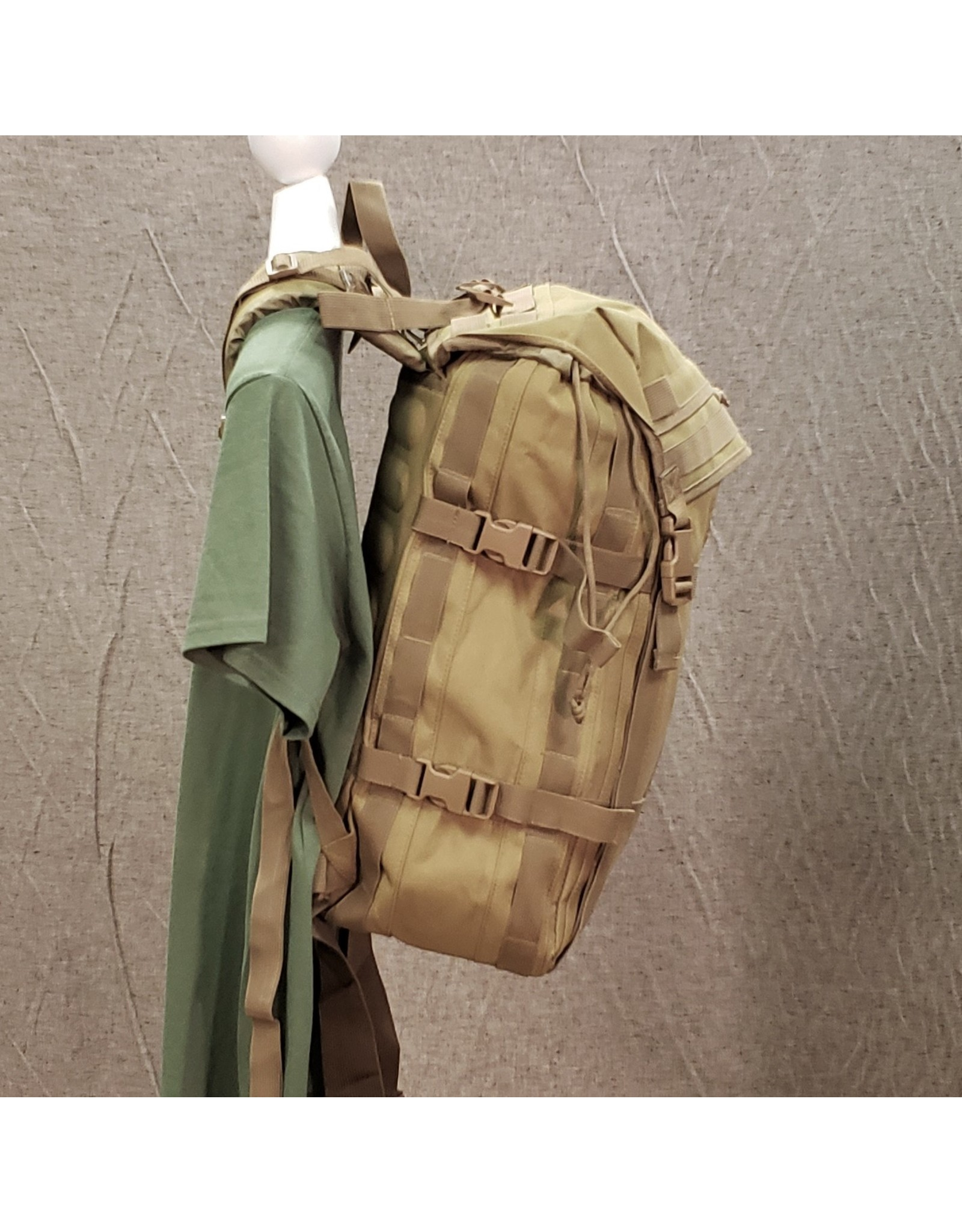 WORLD FAMOUS SALES MILITARY DAYPACK 1155 COYOTE