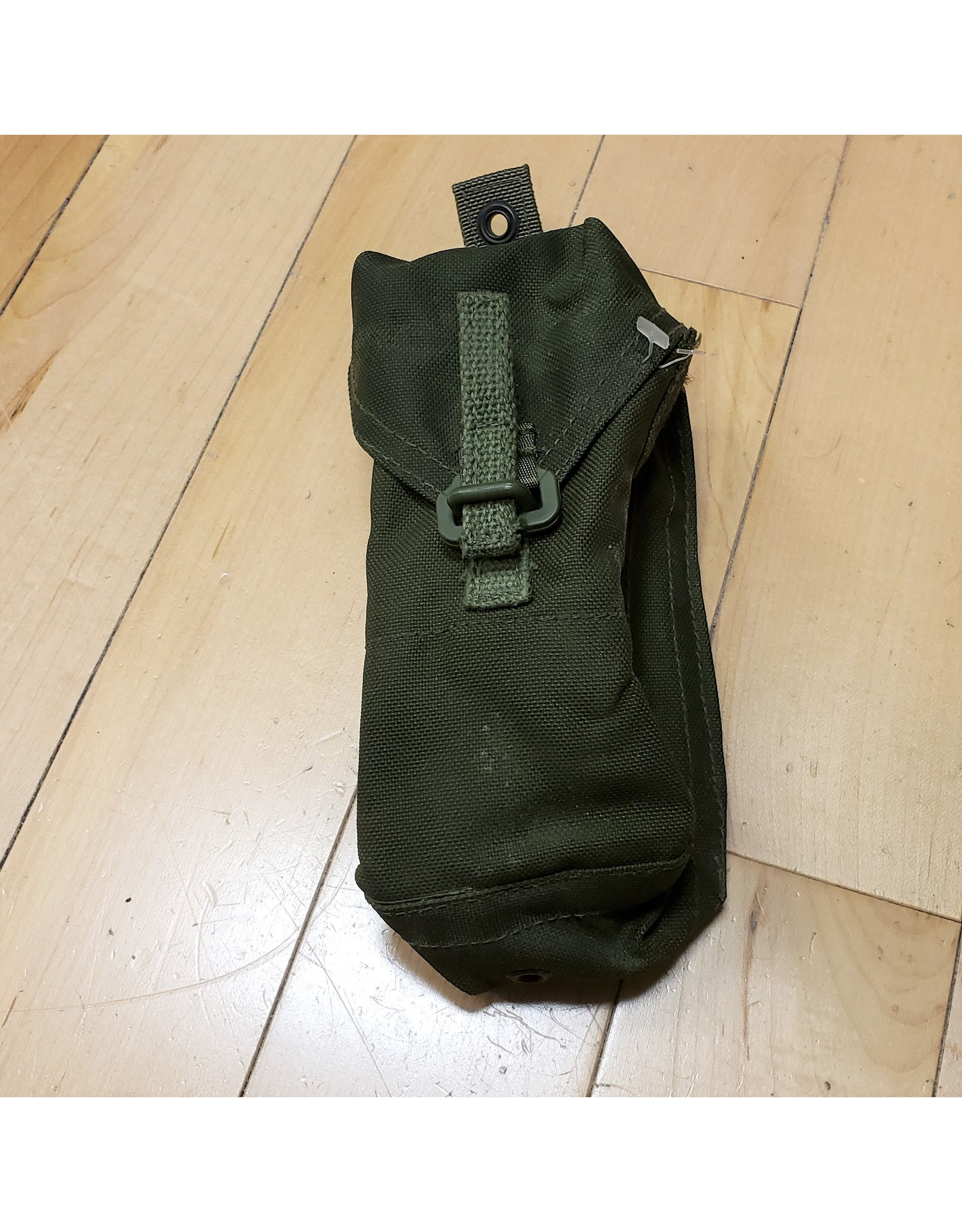 SURPLUS CANADIAN AMMO POUCH 82 PATTERN -OLIVE
