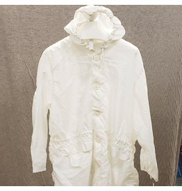 SURPLUS CANADIAN 2PC WHITE COVERUP