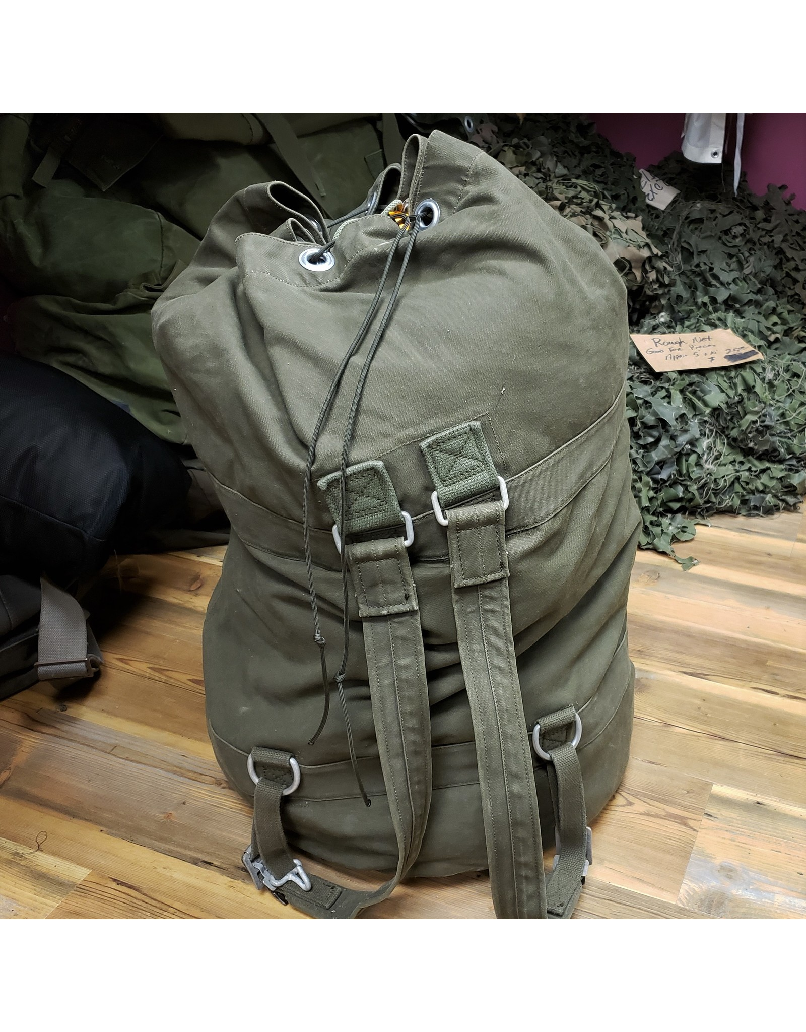 SURPLUS GERMAN TOP LOAD CANVAS DUFFLE BAG