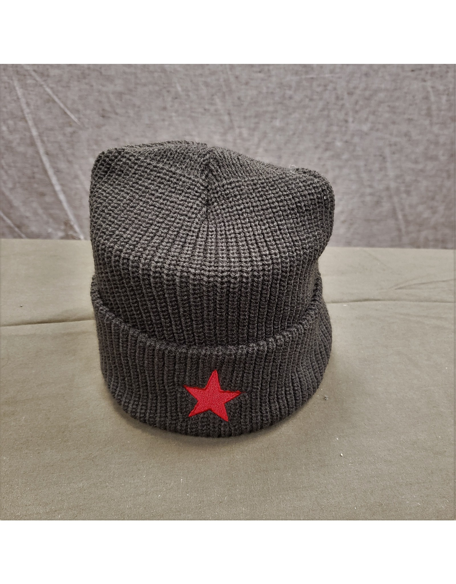 SURPLUS STAR WOOL TOQUE