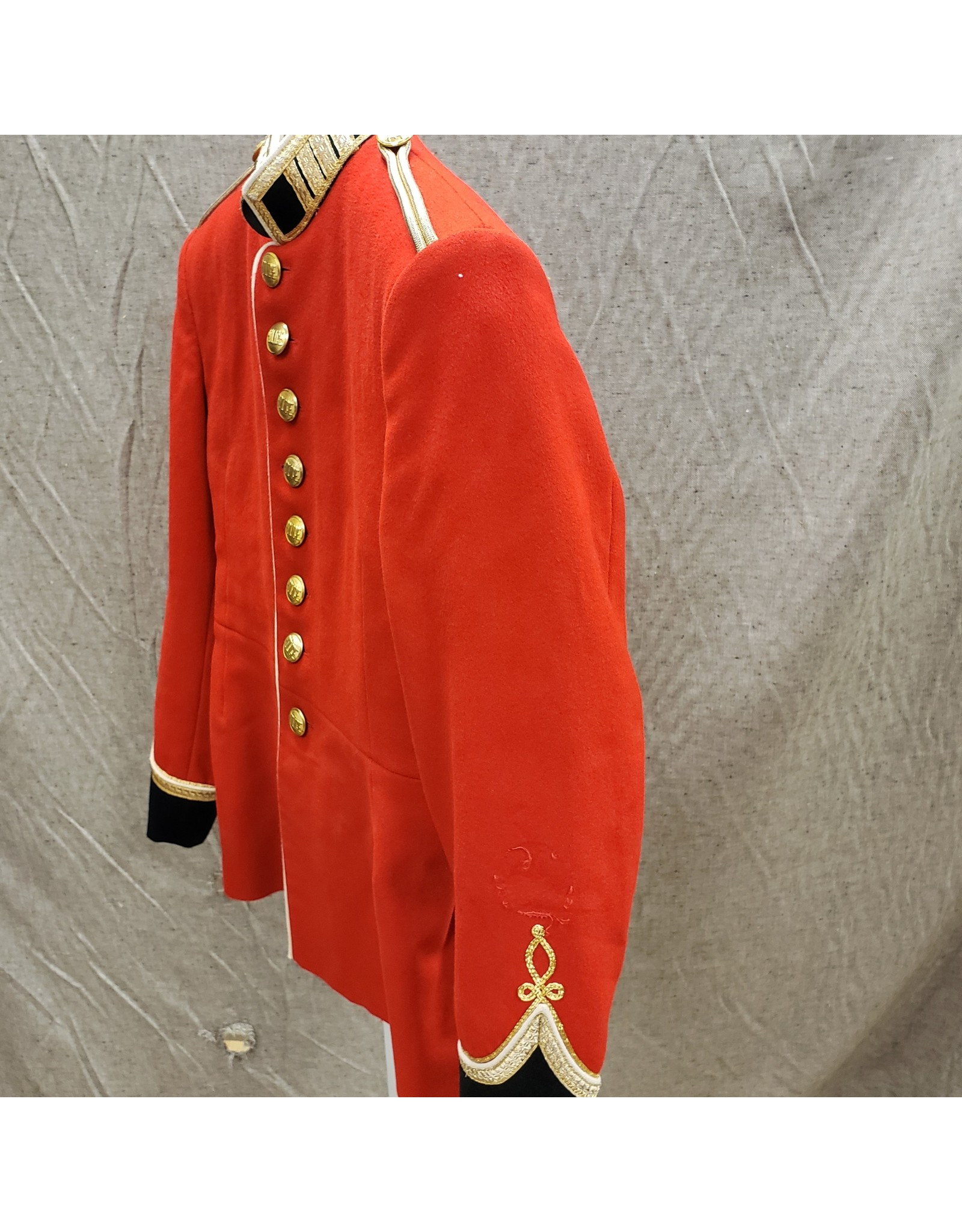 CANADIAN SURPLUS RMC  ROYAL MILITARY COLLEGE RED DRESS TUNIC-6738