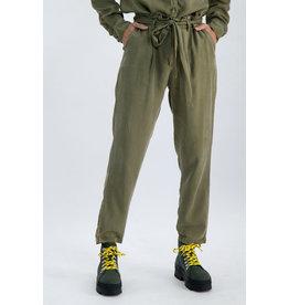 GARCIA GARCIA OLIVE Moo12 pants