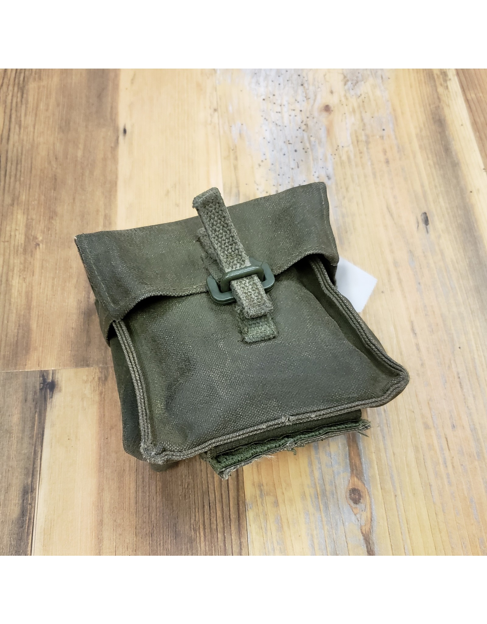 CANADIAN SURPLUS CANADIAN GRENADE POUCH
