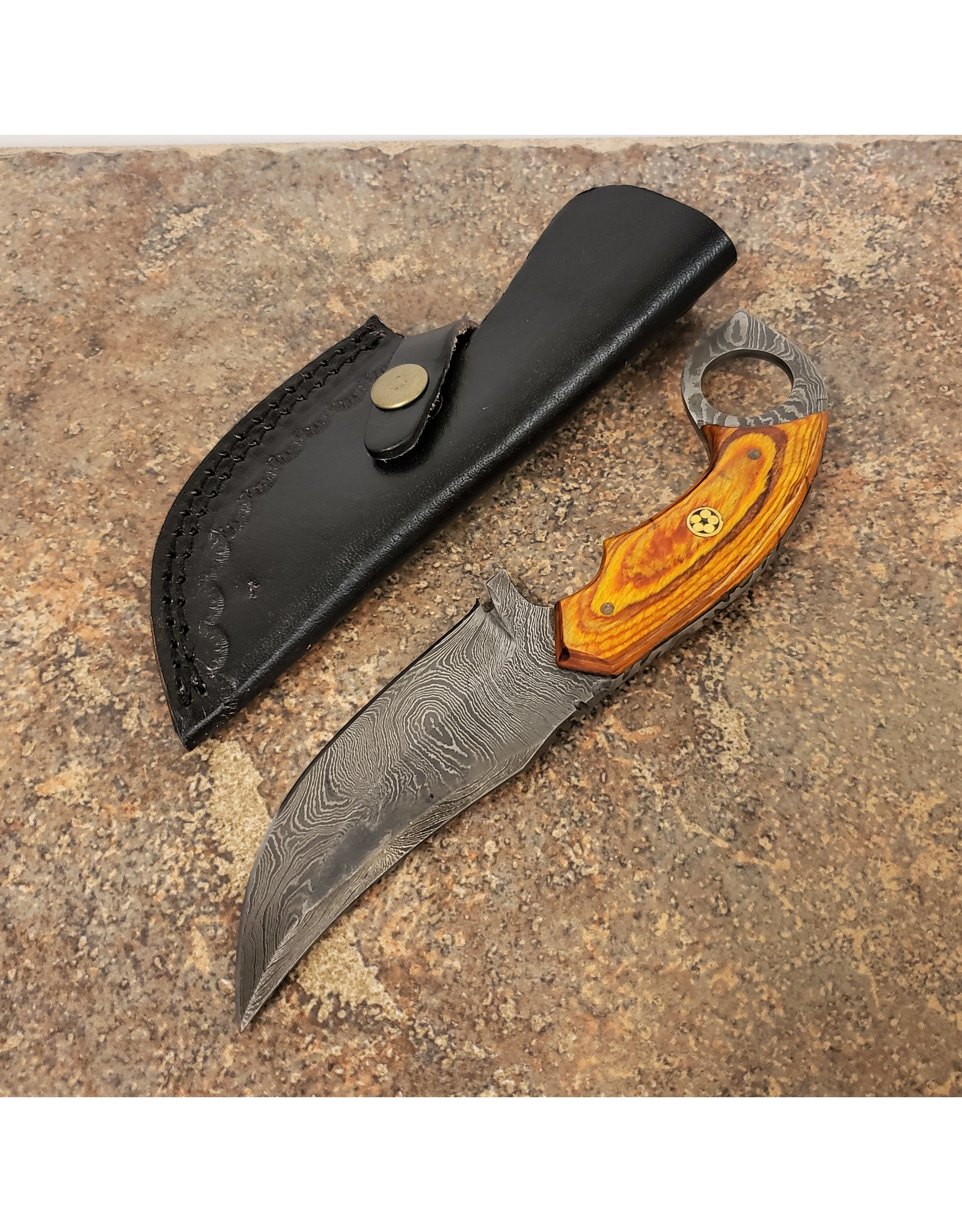 "DAMASCUS 4"" HUNTING KNIFE LIGHT BROWN HANDLE"