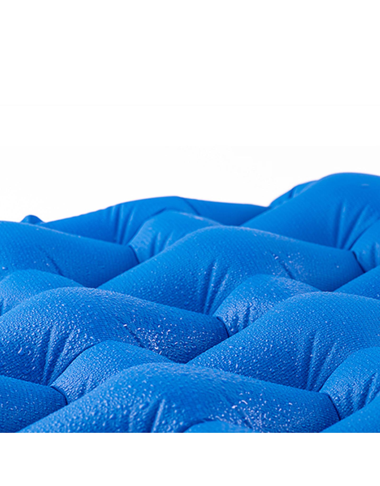 CIRCLE IMPORTS NATURE HIKE  INFLATABLE SLEEP PAD BLUE