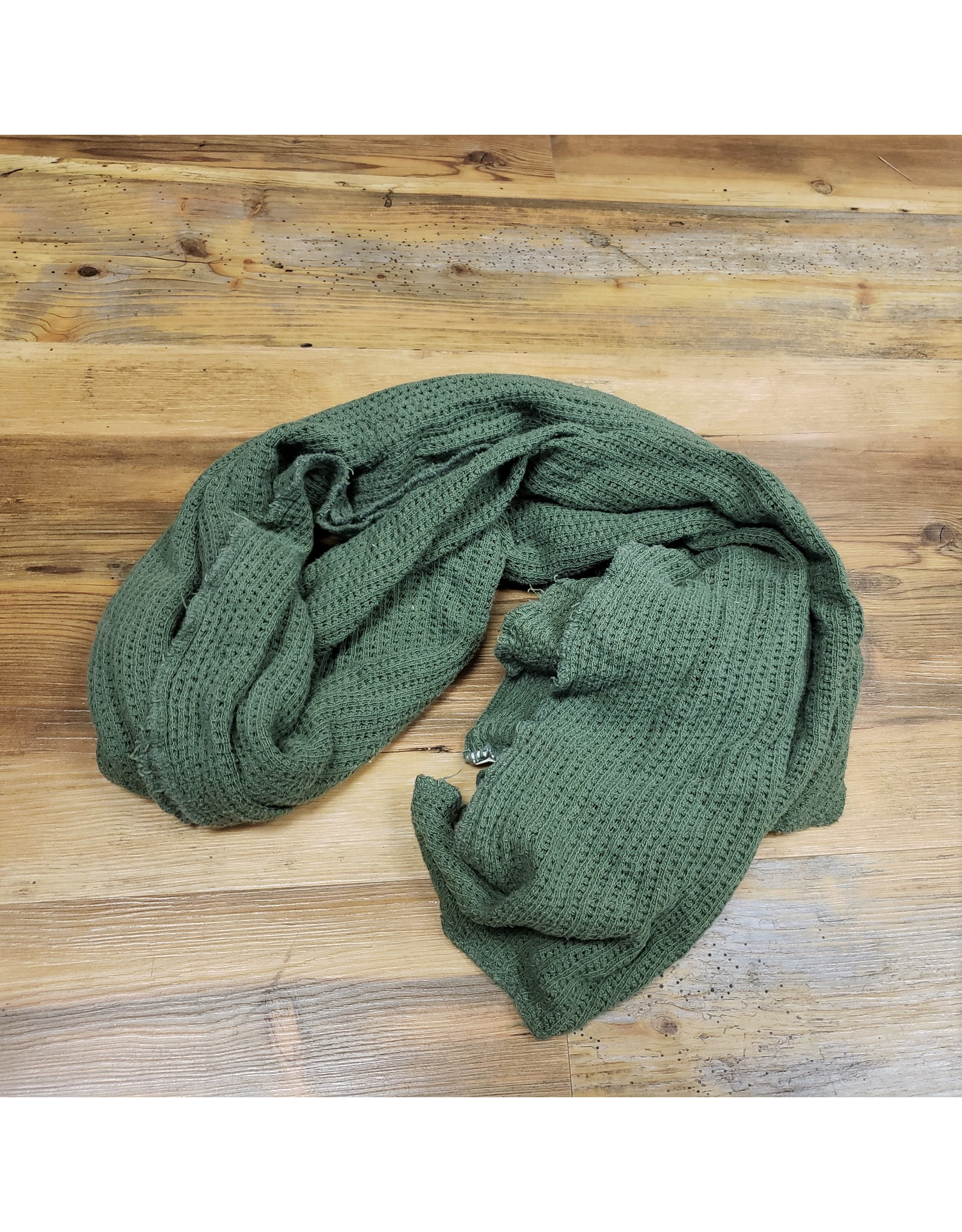 CANADIAN SURPLUS CANADIAN USED OLIVE COTTON SCARF