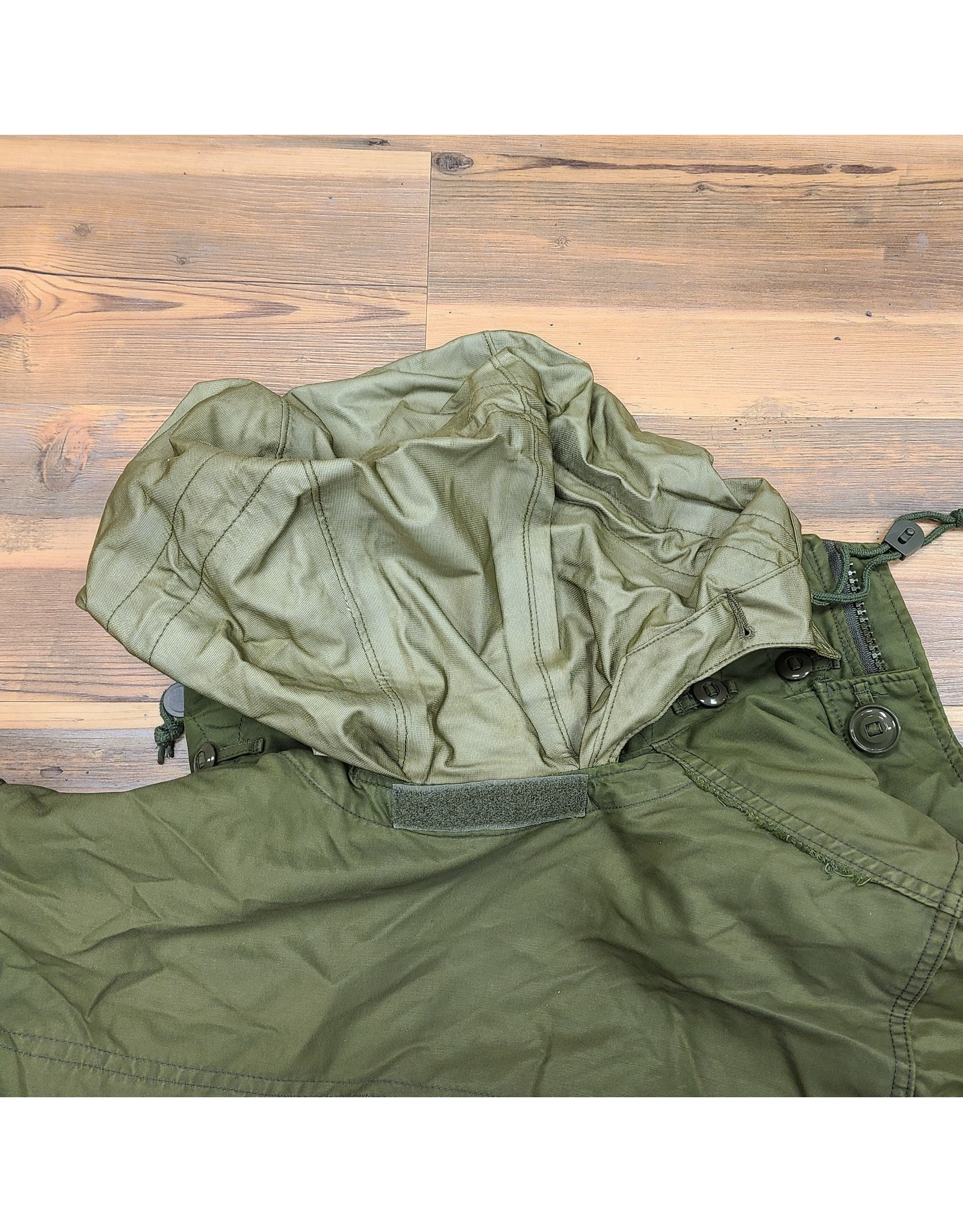 CANADIAN SURPLUS CANADIAN GORE TEX COMBAT COAT