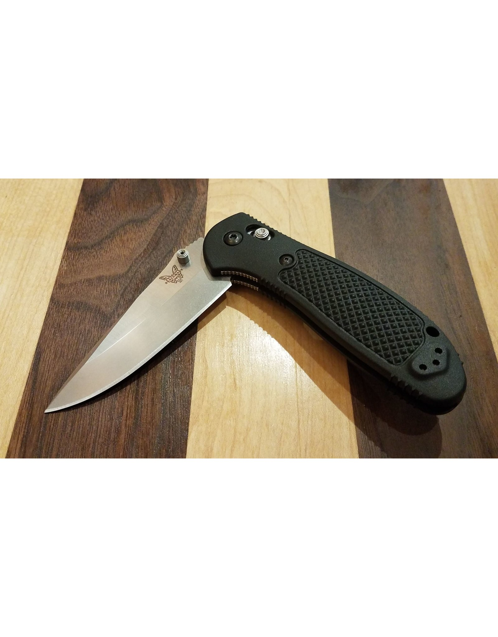 Benchmade Benchmade 551-S30V Griptilian Drop Point w/Thumb Stud
