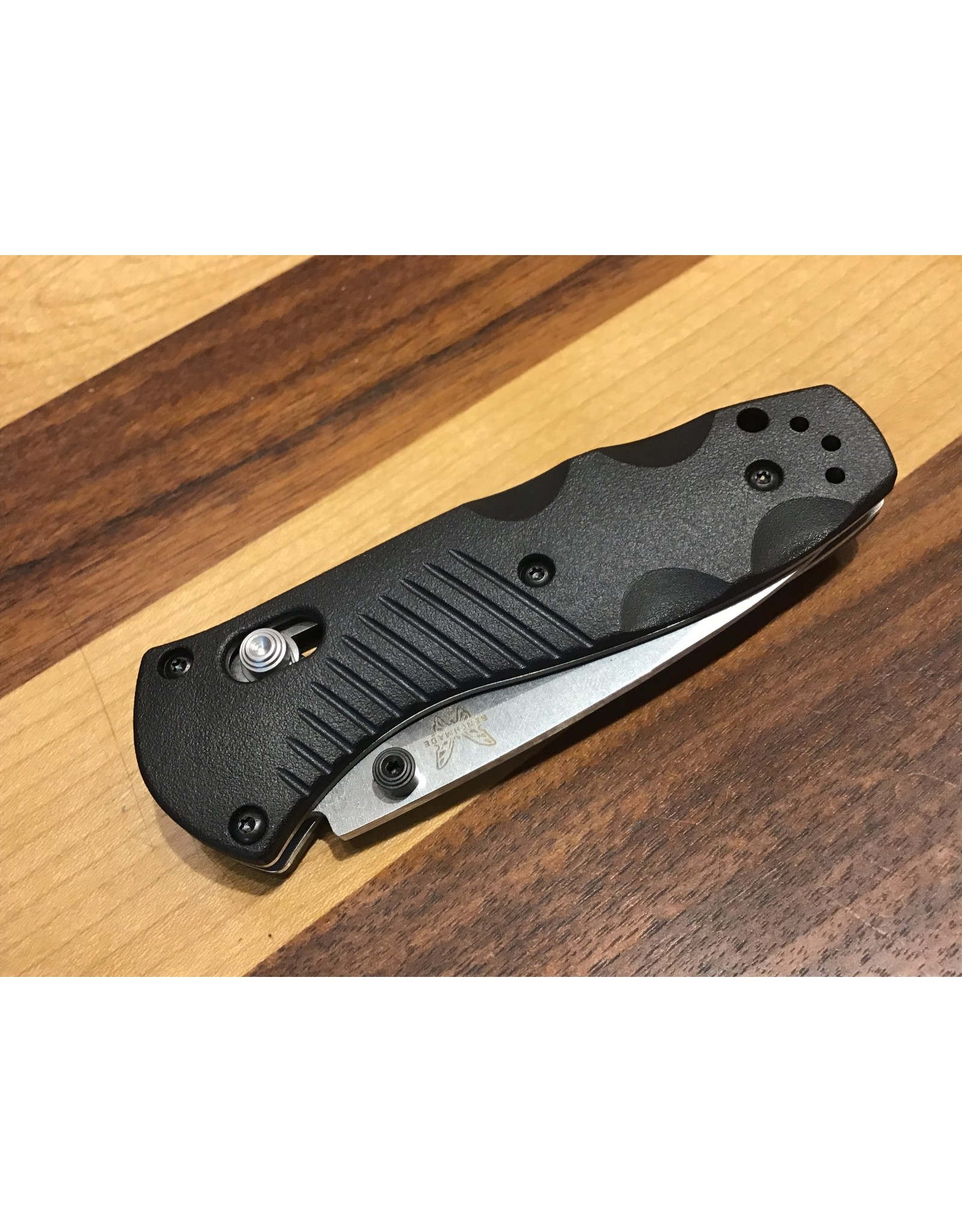 Benchmade Mini Barrage 585