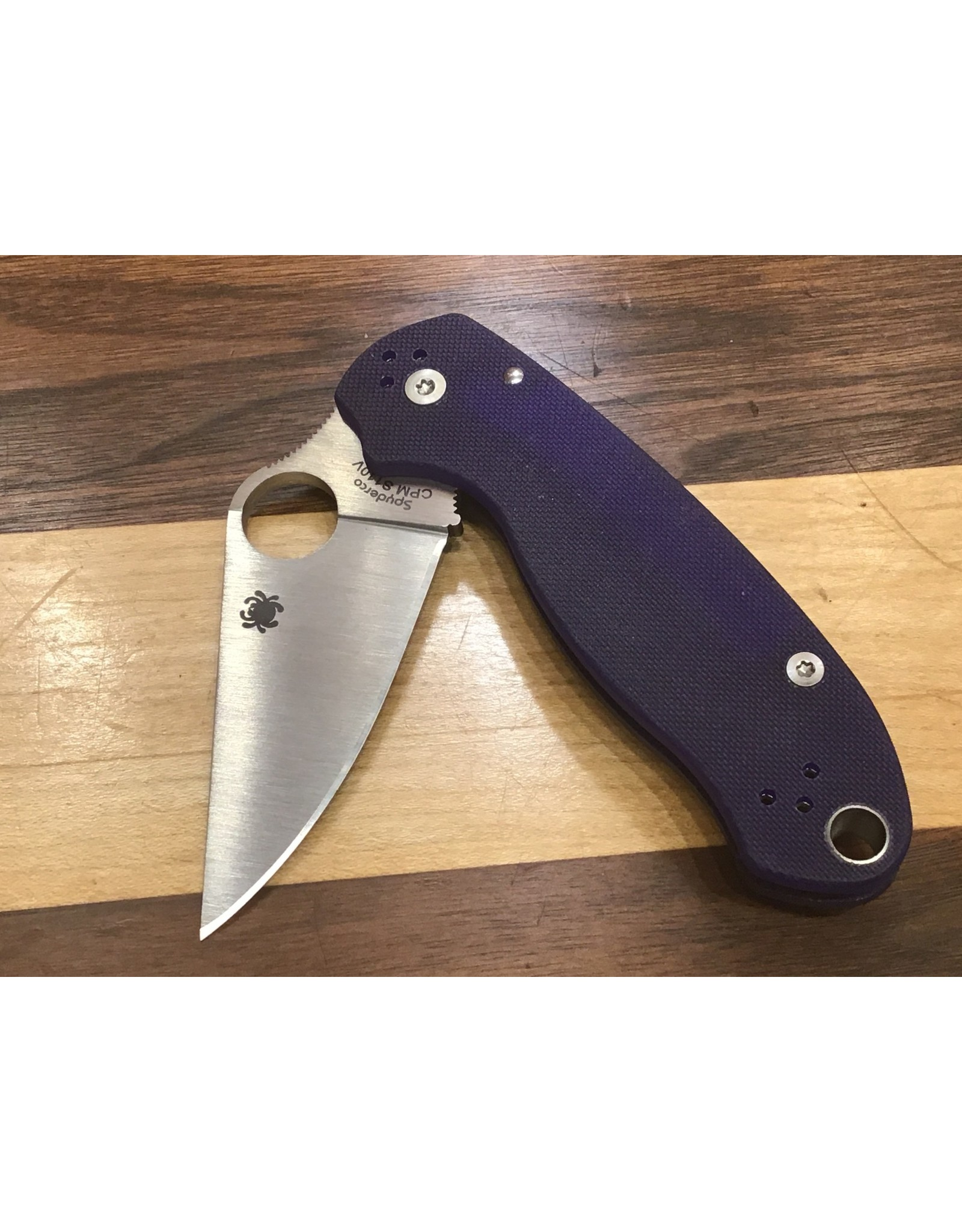 Spyderco Spyderco Para 3 With Dark Blue G10 in CPM S110V steel Compression Lock