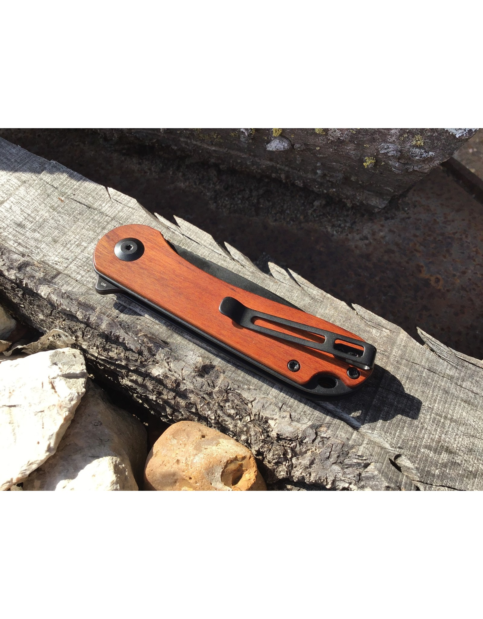 Civivi Elementum Guibourtia Wood Handle