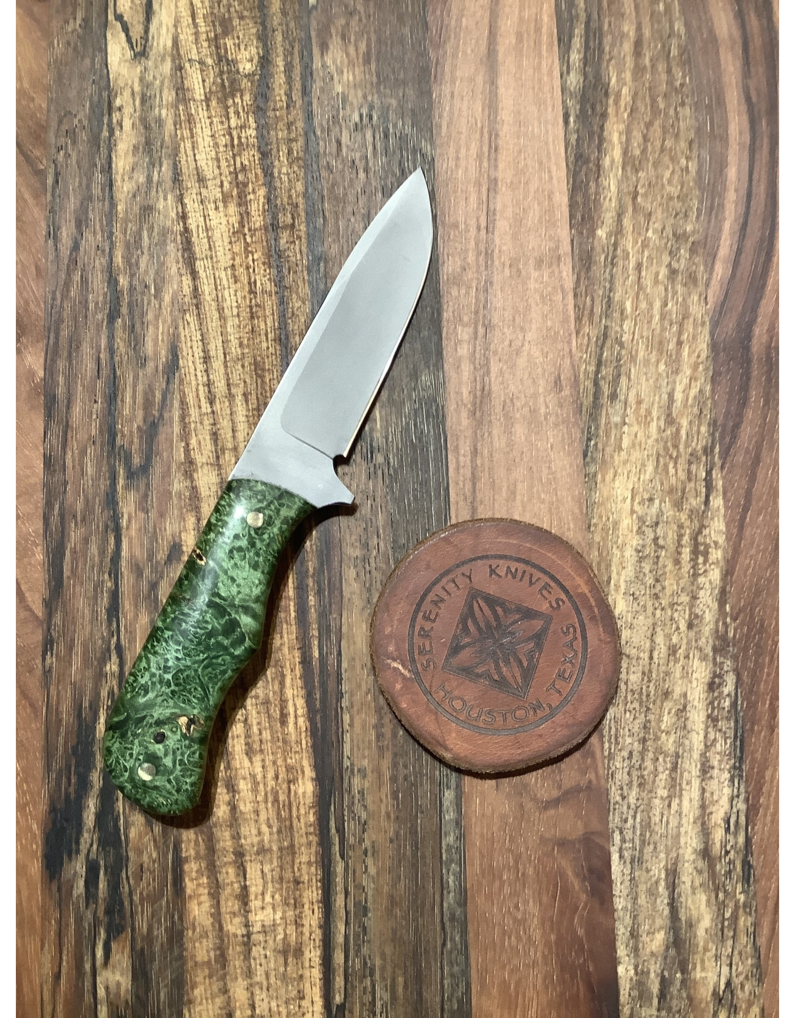 Serenity Small Drop Point Hunter with Green Box Elder