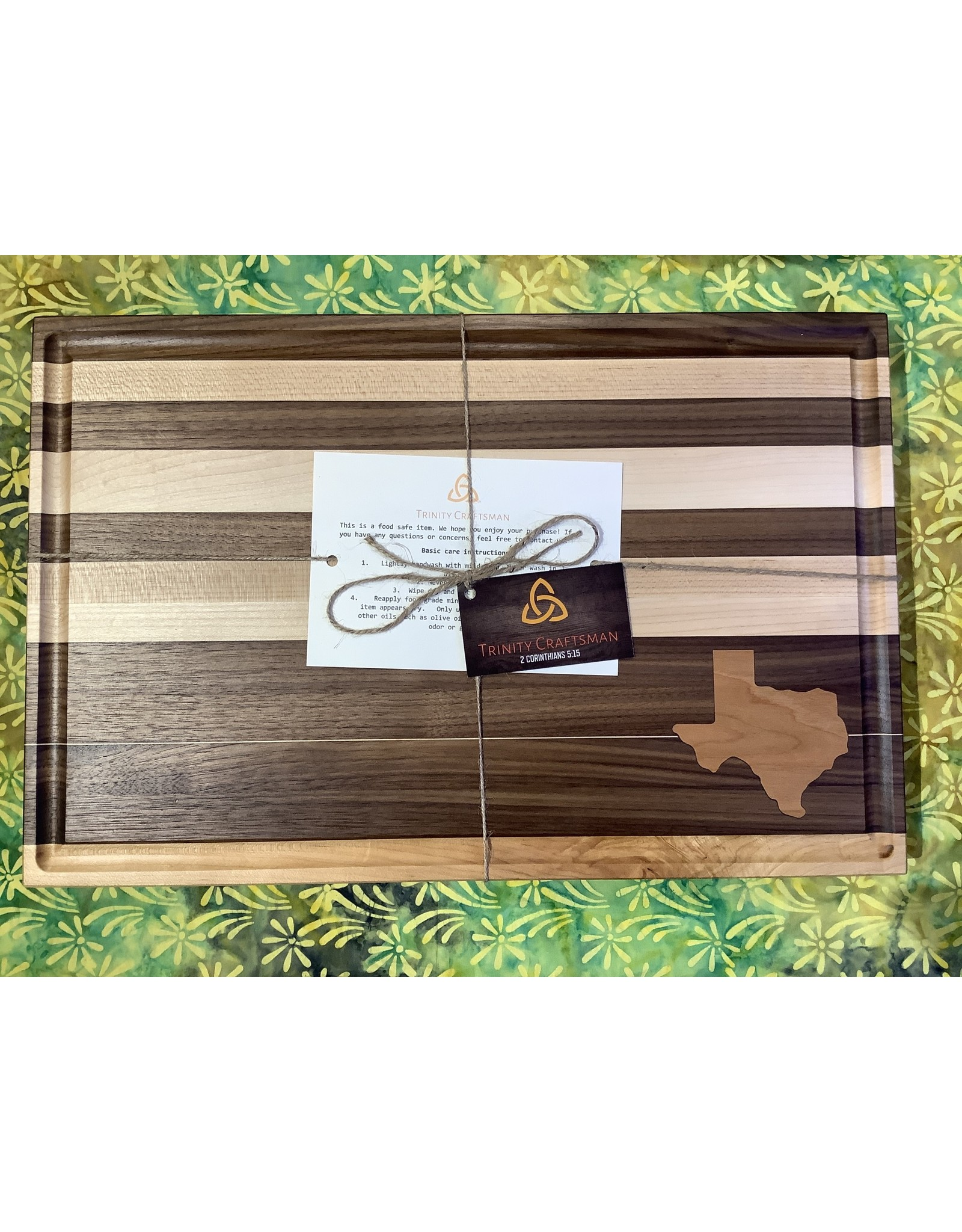 Trinity Craftsman Large Cutting Board Walnut with Maple Texas and Stripes plus Juice Groove